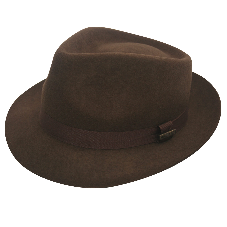 Chapéu mafioso de aba curta