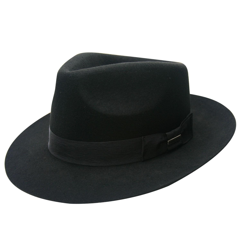 Chapéu de mafioso preto