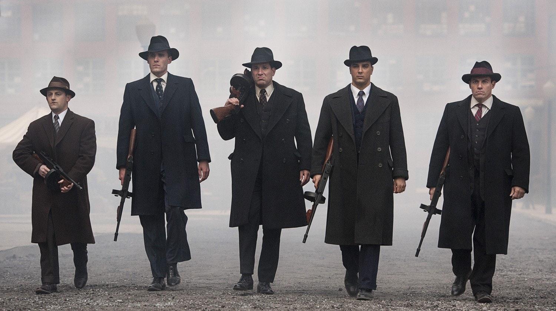 Mafiosos usando seus chapéus